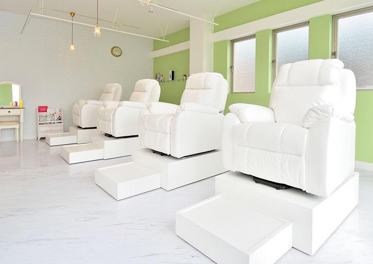 LOUVRE Total Beauty Salon 八木店